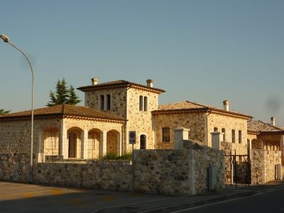 Impresa edile pietre, riqualificazione aziende vinicole, volte a crociera e muratura in pietra a ...