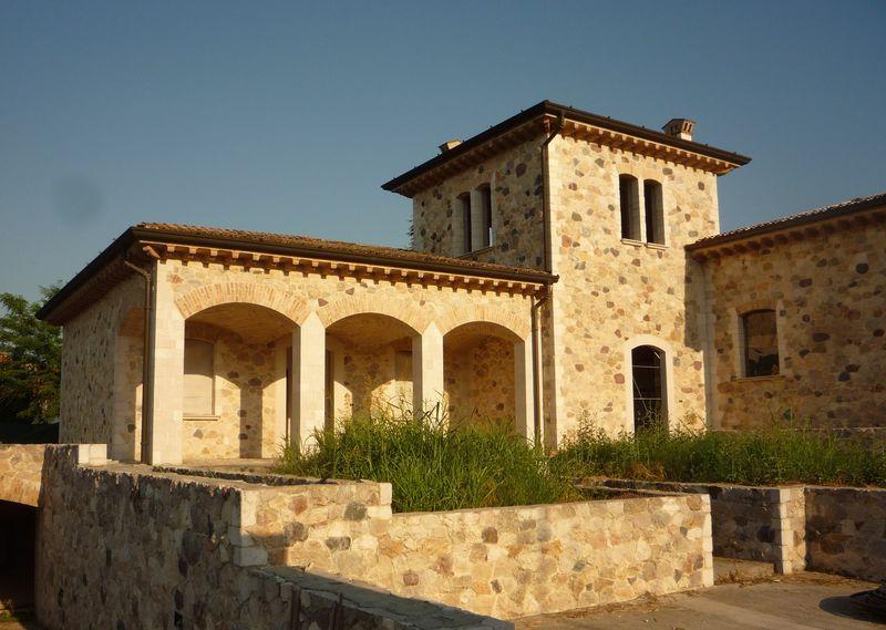 Pietra a vista volte a crociera muratore specializzato for Muri con pietre a vista